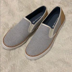 AE Shoes